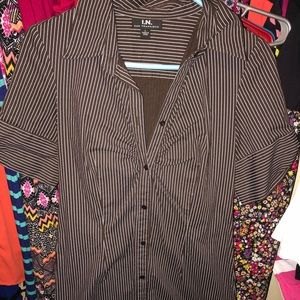 Dresses & Skirts - Button down dress